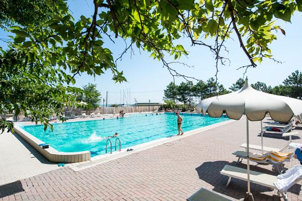 bellaria piscina olimpionica