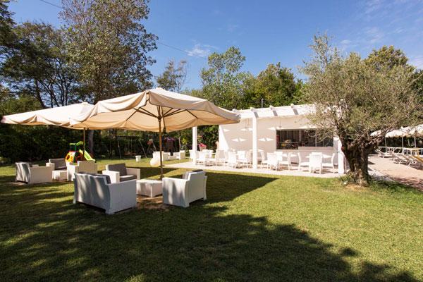piscina hotel bellaria